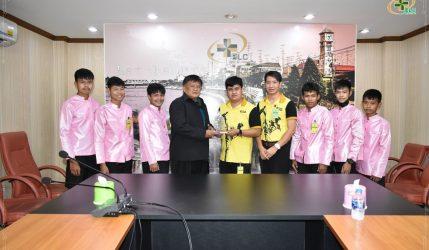 """แสดงความยินดีกับคณะศรศิลป์นาฏมวยไทยโรงเรียนวัดน้ำพุ คว้ารางวัลอันทรงเกียรติ """"วัฒนคุณาธร""""จากรัฐมนตรีว่าการกระทรวงวัฒนธรรม นายอิทธิพล คุณปลื้ม"""